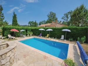 Four Bedroom Holiday Home in Montauroux