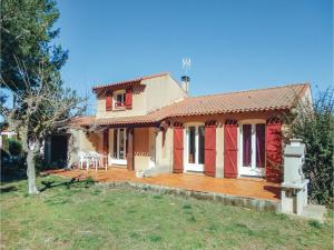 obrázek - Three-Bedroom Holiday Home in Pinet