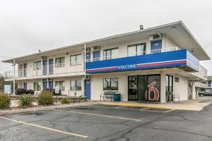 Motel 6-Janesville, WI