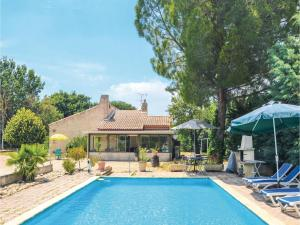 Three Bedroom Holiday Home in Aix en Provence