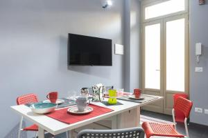 Color house - University - Center Area - AbcAlberghi.com