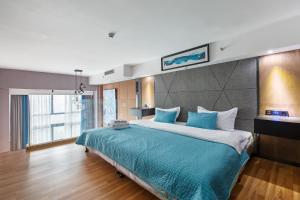 Lavendar Duplex Apartment, Apartments  Guangzhou - big - 2