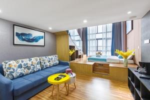 Lavendar Duplex Apartment, Apartments  Guangzhou - big - 7