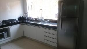 Apartamento Mirante de Escarpas, Apartments  Capitólio - big - 51