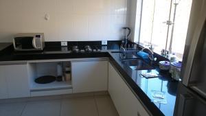 Apartamento Mirante de Escarpas, Apartments  Capitólio - big - 48