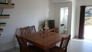 Apartamento Mirante de Escarpas, Apartments  Capitólio - big - 42