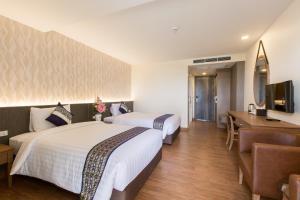 Crystal luxury Hotel - Tha Yang