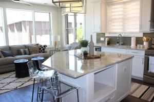 obrázek - Park 401: New Luxury Condo RIGHT Downtown TC