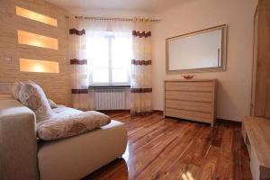 Jezuicka 6814 Apartment