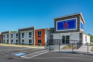 Motel 6 Cartersville - White, GA - Jasper