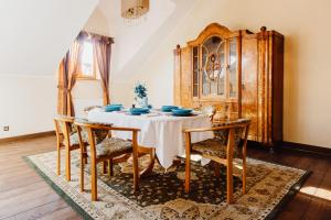 KrakowLiving - Zamkowa Apartment