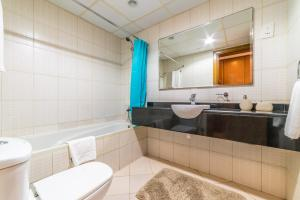 Hometown Apartments - Adorable furnished studio at a very competitive rate