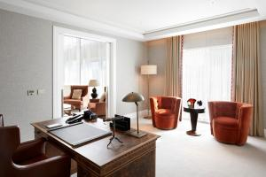 Four Seasons Hotel London at Ten Trinity Square (8 of 94)