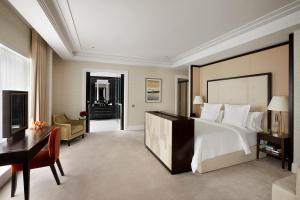 Four Seasons Hotel London at Ten Trinity Square (25 of 104)