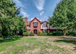 obrázek - Niagara River Estate Home
