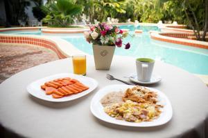 Hotel Playa Azul
