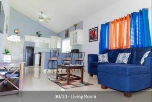 Caymanas Estate Neighbor, Penzióny  Caymanas - big - 9