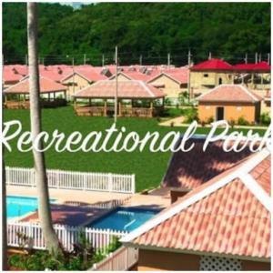 Caymanas Estate Neighbor, Penzióny  Caymanas - big - 29