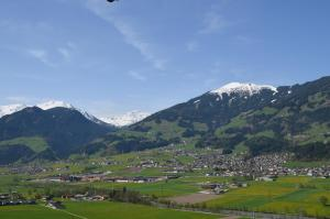 Ferienwohnung Eberharter, Apartmány  Hart im Zillertal - big - 15