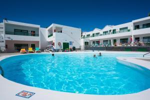 Apartamentos Elena, Ferienwohnungen  Puerto del Carmen - big - 1