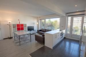 Brussels Woluwe near UCL-2 bedrooms max 4 Guests, 1200 Brüssel