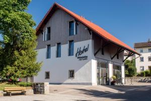 Hotel Holzscheiter - Dettighofen