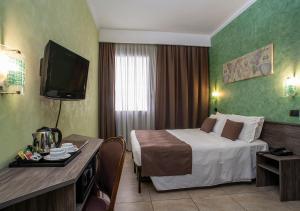 Hotel Plaza.  Фотография 19