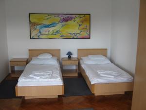Leier Business Hotel, Aparthotels  Gönyů - big - 46