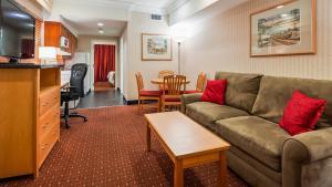 Best Western Plus Kelowna Hotel & Suites - Kelowna