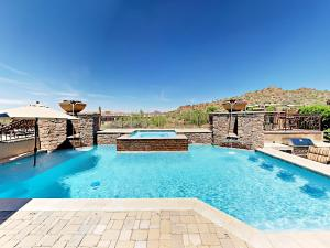 8046 East Vista Canyon Street Home - Las Alegres
