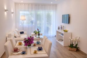 Solymar Apartments - AbcAlberghi.com