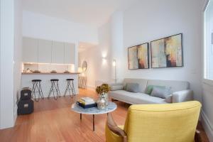 Liiiving in Porto | Aliados Luxury Apartments, 4000-064 Porto
