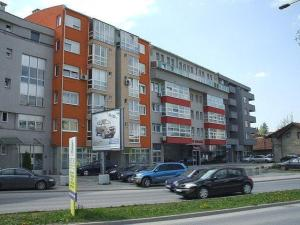 Bujroom, Appartamenti  Tuzla - big - 2