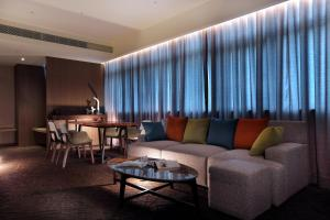 Hotel Intrendy, Hotely  Taishan - big - 61