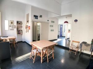 Cairoli Blues Apartment - AbcAlberghi.com