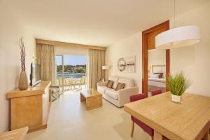 Blau Privilege PortoPetro Beach Resort & Spa (21 of 85)