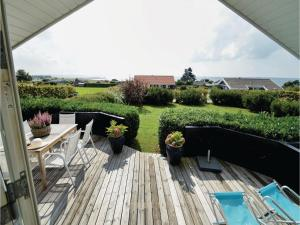 Three-Bedroom Holiday Home in Karrebaksminde - Spjellerup