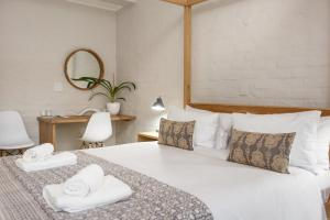 Le Roux's Guest House, Bed & Breakfasts  Oudtshoorn - big - 32