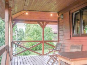 Holiday Home Szymbark with Fireplace I, Holiday homes  Szymbark - big - 10