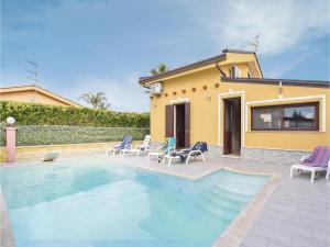 Villa Rosaria, Dovolenkové domy  Campofelice di Roccella - big - 1