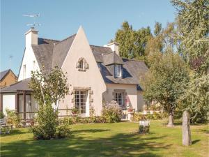 Holiday home Rue De L'Armor, Nyaralók  Lanvollon - big - 1