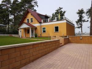 Haus am See - Alt Schadow