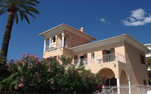 Accommodation in Roquebrune-Cap-Martin