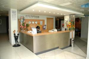 Hotel Divesta, Отели  Варна - big - 38