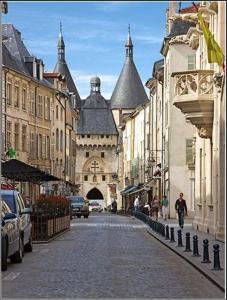 Location gîte, chambres d'hotes Les Toits des Cordeliers dans le département Meurthe et Moselle 54