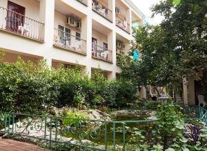 Отель Марко Клуб, Гагра