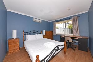 Homely House with swimming pool in Canning 033 - Canning Vale