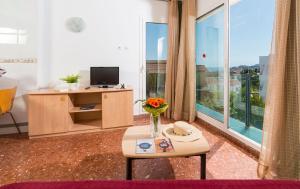 Apartaments Els Llorers, Апарт-отели  Льорет-де-Мар - big - 42