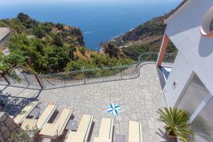 DOMUS VIGNA Fusco, Vista Mare, Amalfi Coast - AbcAlberghi.com