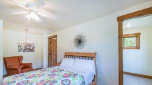 54 Turtle Lake House #135026, Prázdninové domy  Durango - big - 11